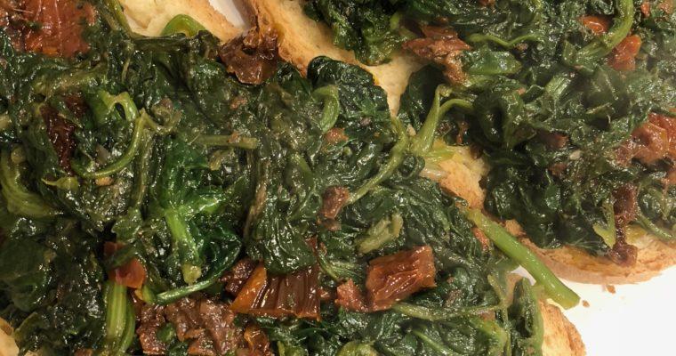 Ci facciamo una bruschetta con spinaci e …..