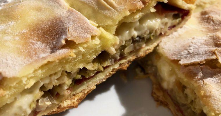 Lo strudel di verze, formaggio di malga e speck
